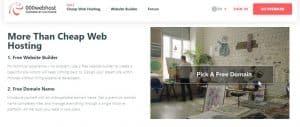 000webhost  es un proveedor de hosting y dominio totalmente gratis.